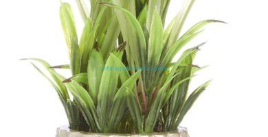 Planta grande artificial con macetero