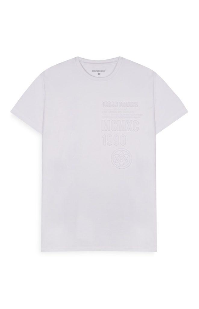 Camiseta blanca con relieve