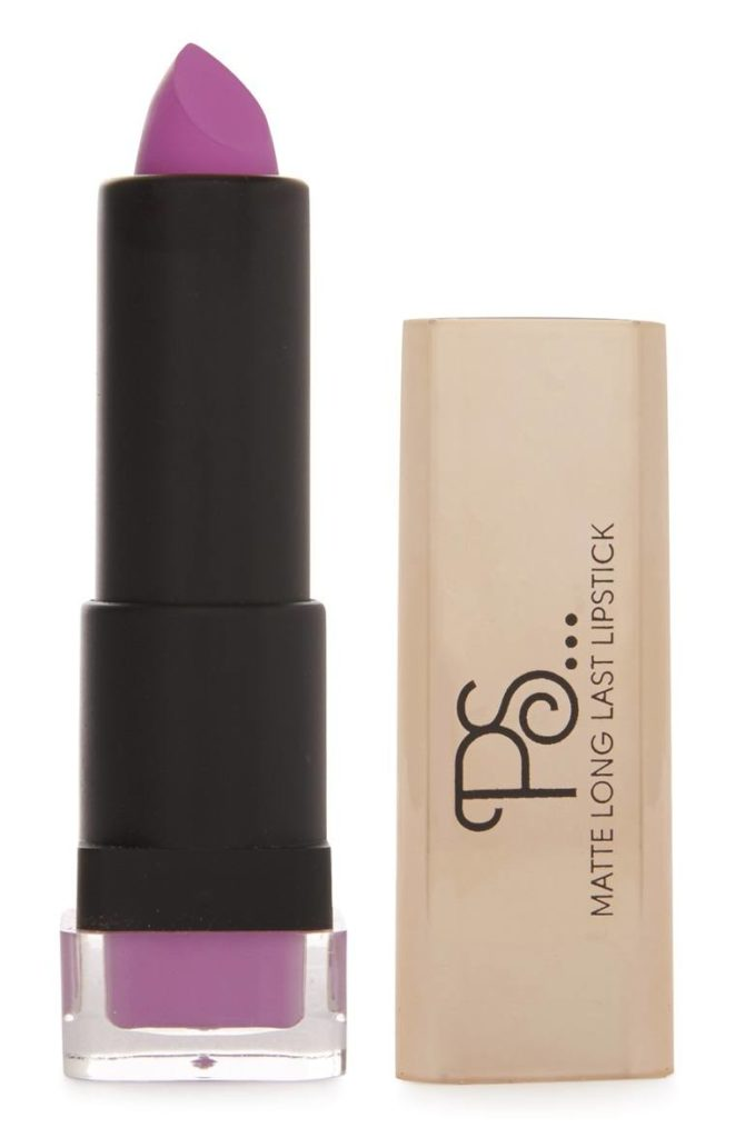 Lápiz de labios mate premium en púrpura
