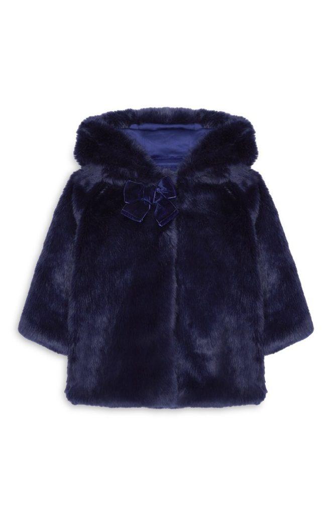 Abrigo de terciopelo azul para niña