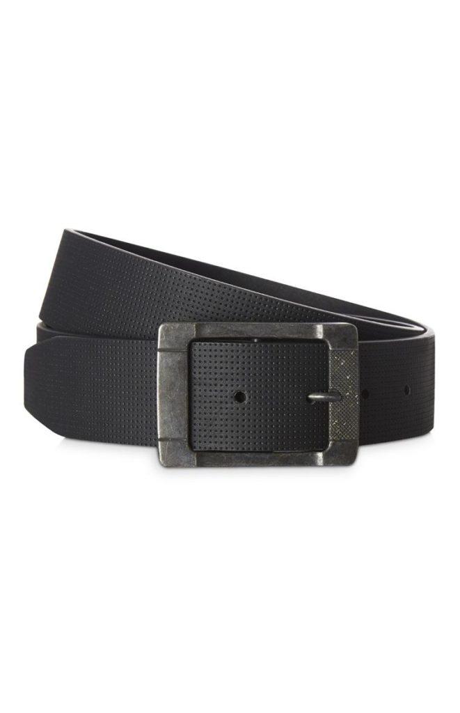 Cinturón en relieve negro