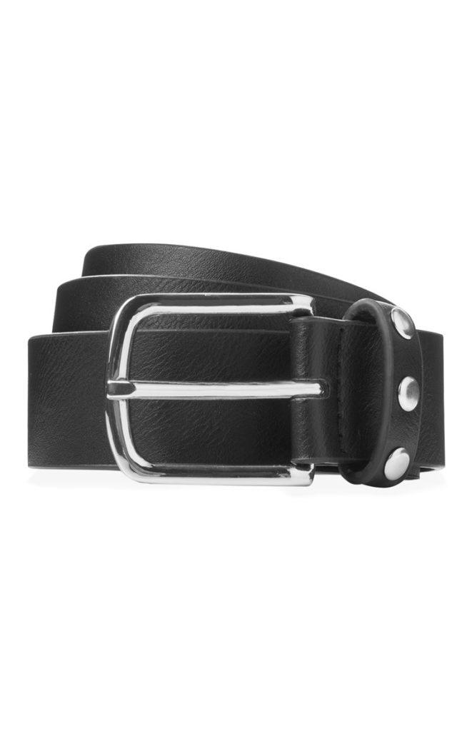 Cinturón negro con presilla tachonada