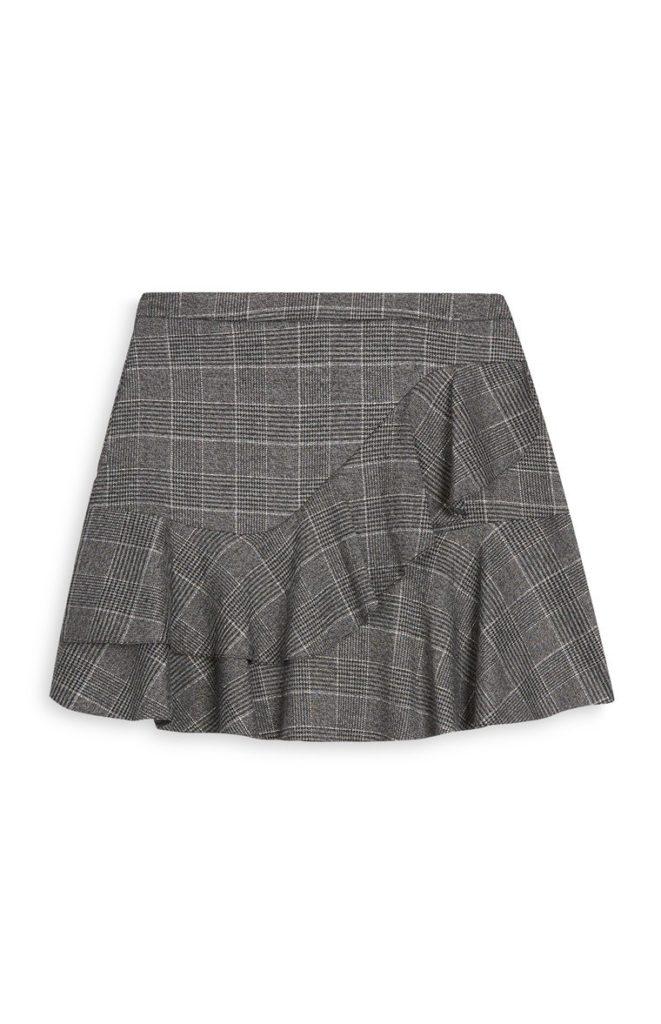 Minifalda a cuadros grises