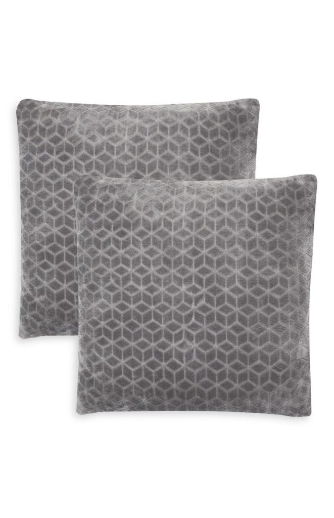 Pack 2 cojines grises motivo geométrico