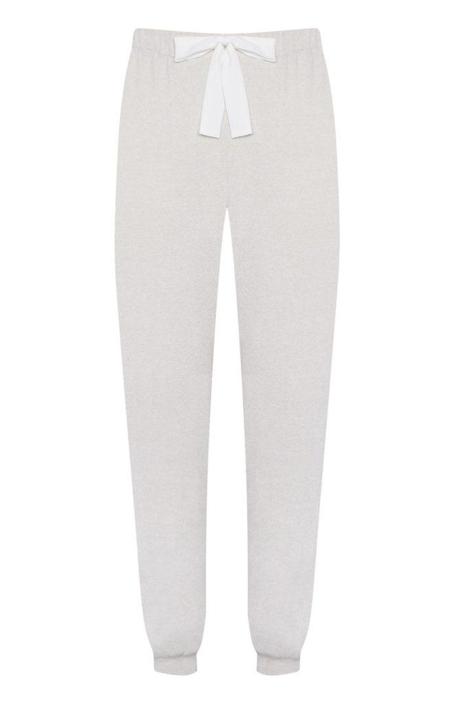 Pantalón color crema de pijama