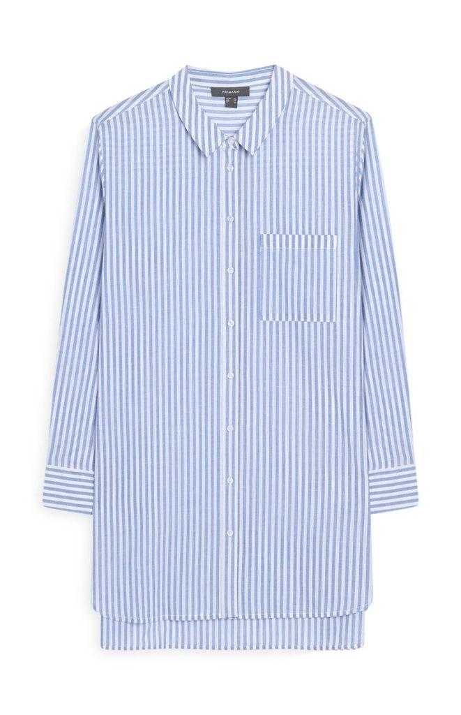 Camisa a rayas azul y blanca