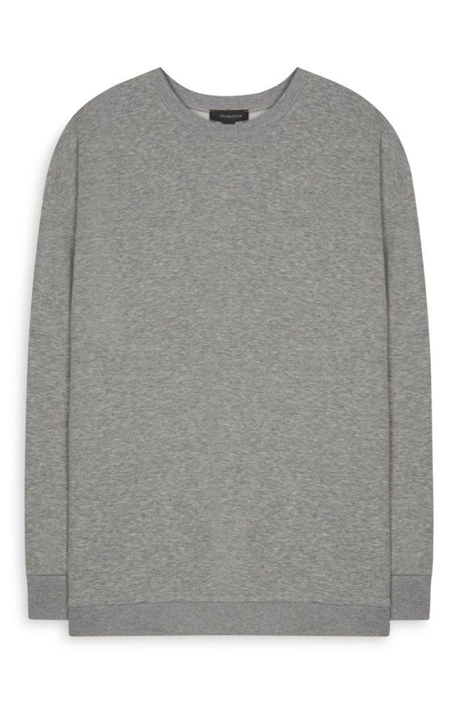 Sudadera gris oversize