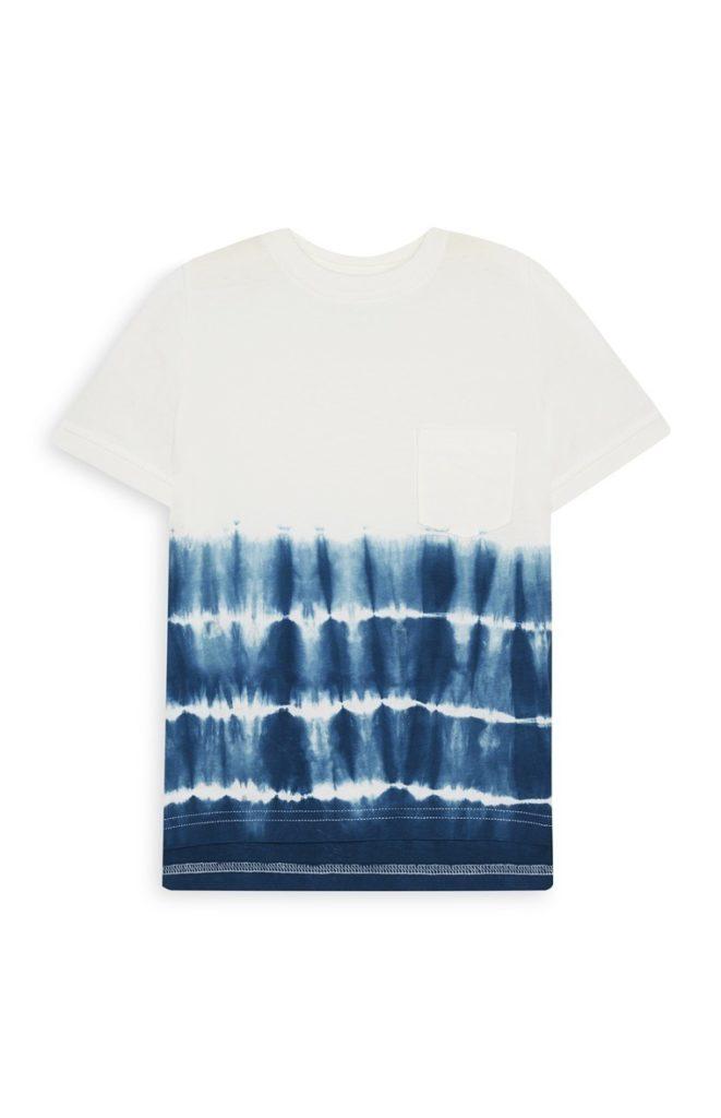 Camiseta con degradado en azul para niño pequeño
