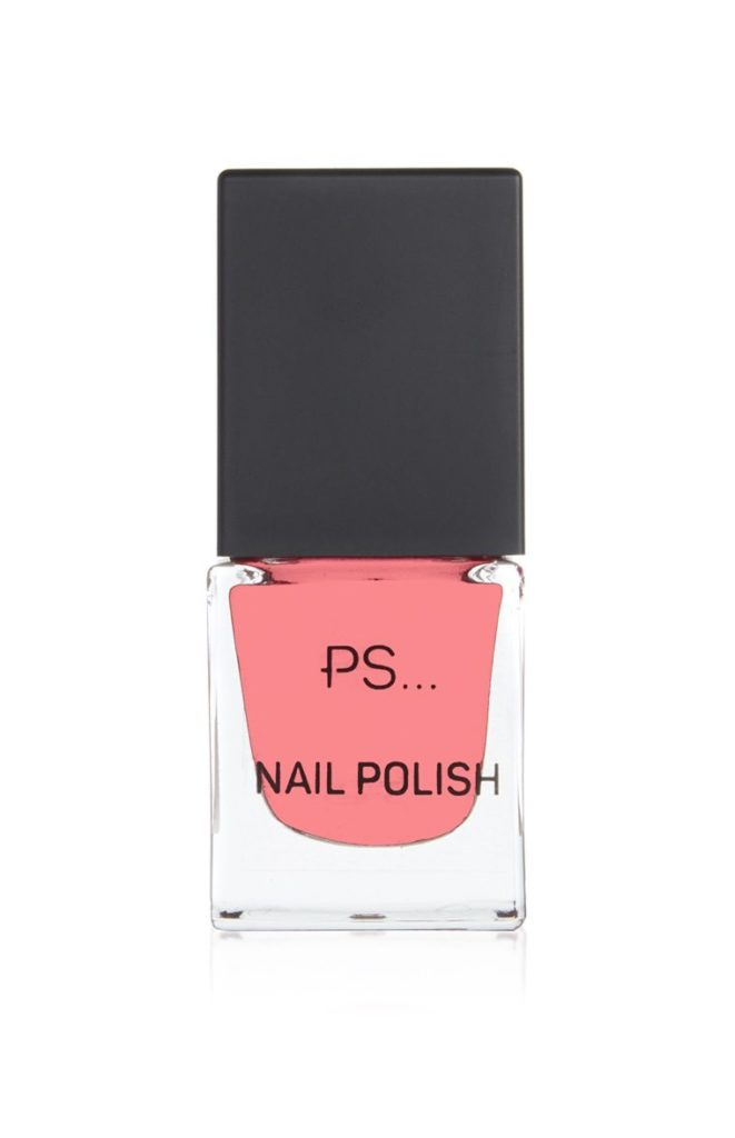 Esmalte de uñas rosa coral de PS