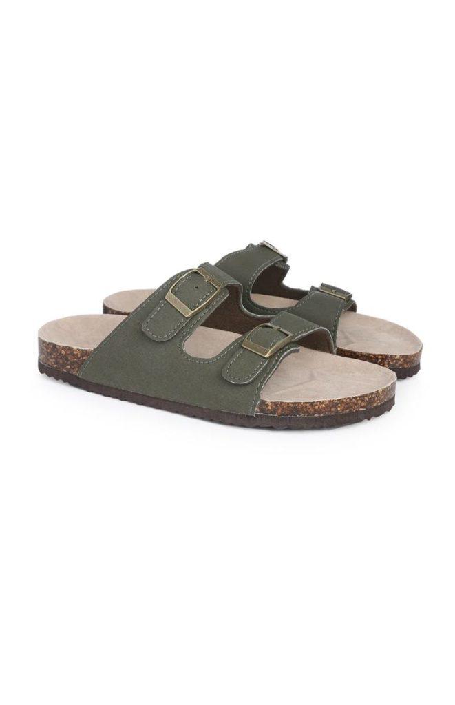 Sandalias color caqui para niño mayor