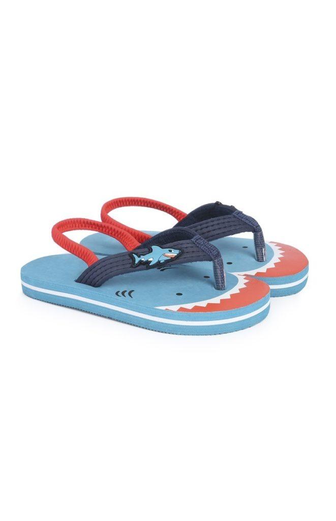 Sandalias con tiburón para niño pequeño