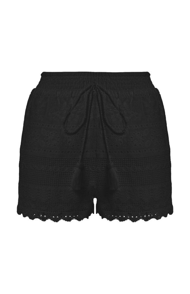 Pantalón corto negro de crochet