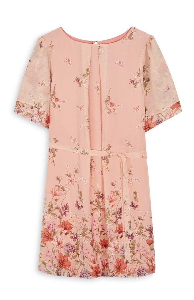 Vestido con estampado floral rosa y cinturón